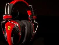 Ferrari-Headphones-by-Logic3