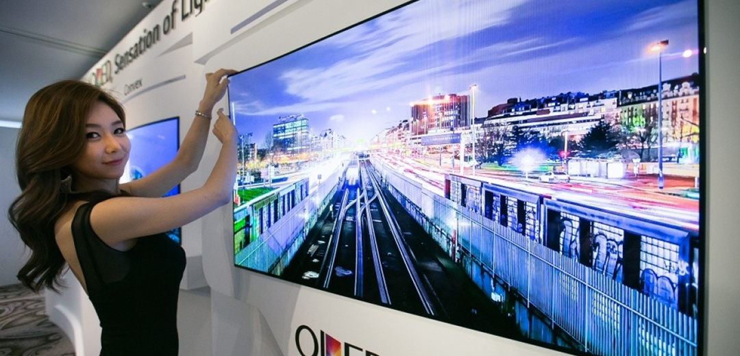 lg-unveils-wallpaper-oled-panel