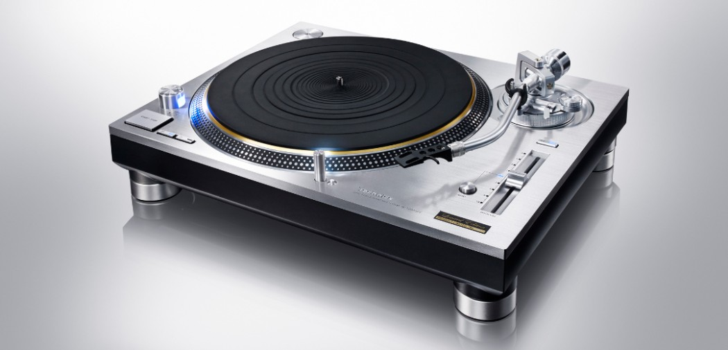 http://www.audiovideo2day.com/wp-content/uploads/2016/01/technics-sl-1200-1050x506.jpg