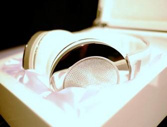 Onkyo H900M hoofdtelefoon komt met 20-kt diamanten